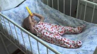 видео Взять ребенка из дома малютки - дети из детдома усыновить, дом малютки в Москве