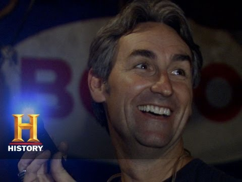 American Pickers: Moe Thinks Mike is Cheap