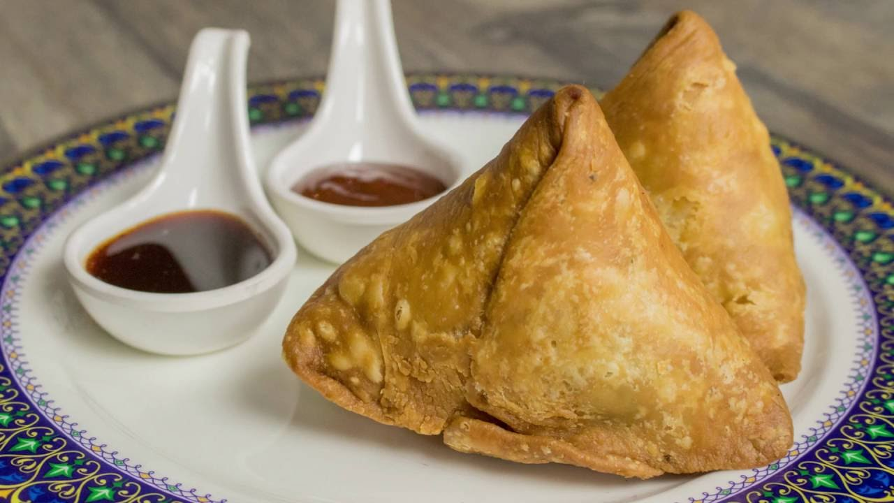 Samosa Recipe - Perfect Street Style Aloo Samosa Recipe ...