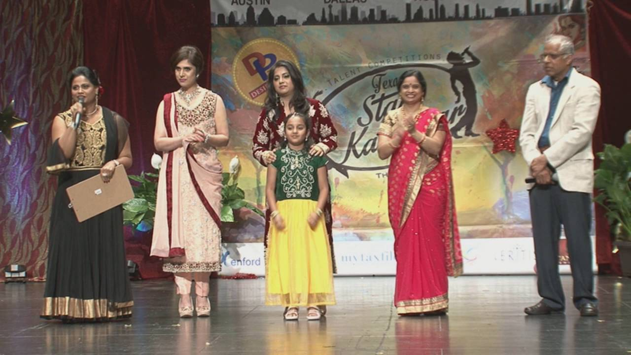 Presentation of Star Kalakaar Title to Solo Singing winners at Texas Star Kalakaar - 2016