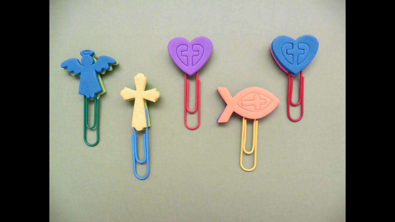 Como hacer marcadores con figuras de fomi youtube for Figuras para decorar paredes