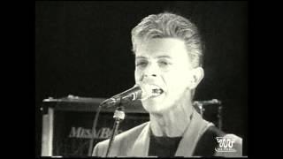 David Bowie & Tin Machine le 21/09/91 à Paris Place de la Nation - Hommage à la jeunesse russe