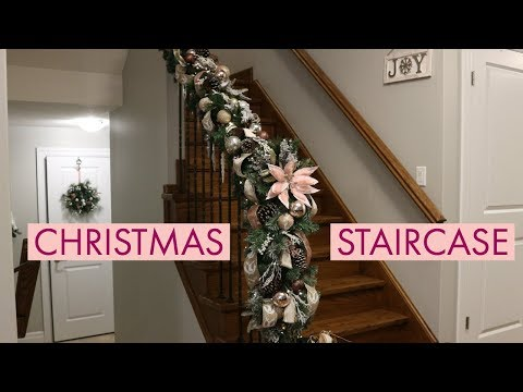 DIY Christmas Garland For Banister/How To Decorate Christmas Staircase
