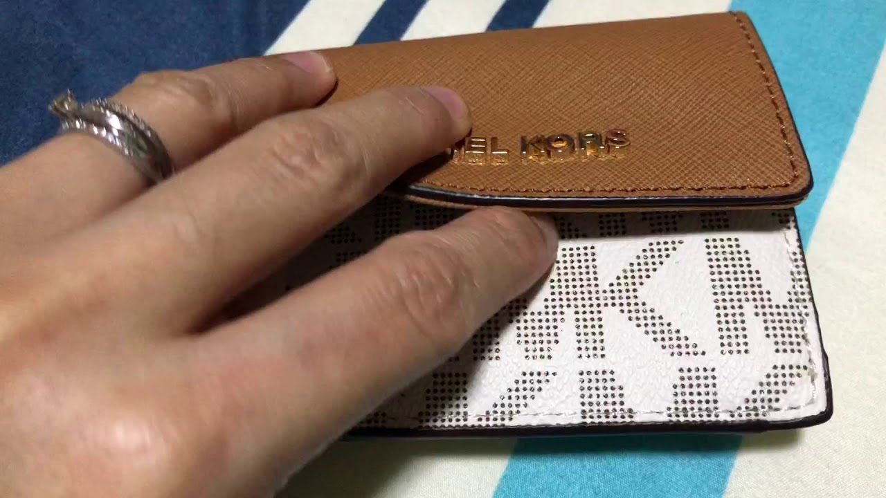 5d5f0519ed5 Michael Kors Vanilla Acorn Card Case ID Key Holder - YouTube