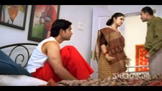 Nayee Padosan - Anuj Sawhney - Spoilt Brat Raju - Best Bollywood Comedy Scenes