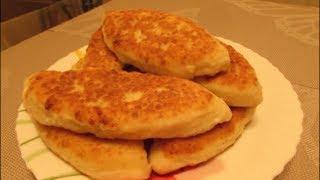 Пирожки  с курицей на сковороде