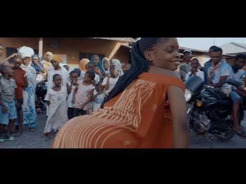 Download YJ FT SHOLOMWAMBA - NIMEVURUGWA (Official Video)
