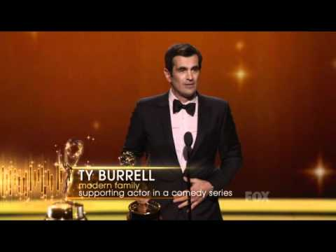 Ty Burrell wins an Emmy for Modern Family at the 2011 Primetime Emmy Awards!