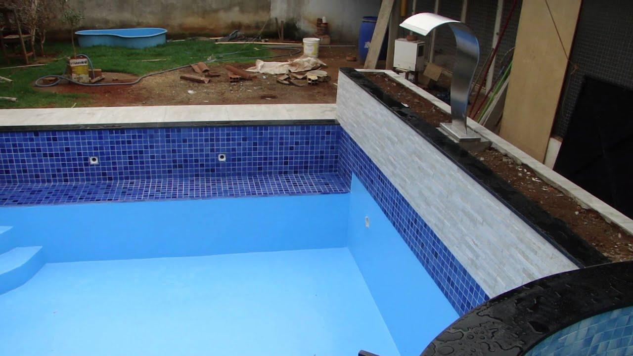 Piscina com revestimento em fibra pintura gel coat - Pintura de piscina ...