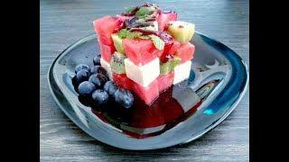 Три простых рецепта летних закусок из арбуза.