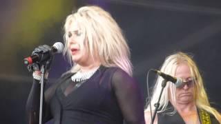 Kim Wilde- You keep me hanging on @ Nostalgie Beach Festival 2014