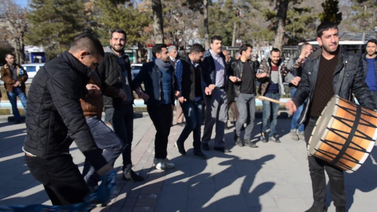 Diyarbakır Türküleri-Eyvanda Yatan Oğlan-Koro-(TRT Arşiv)