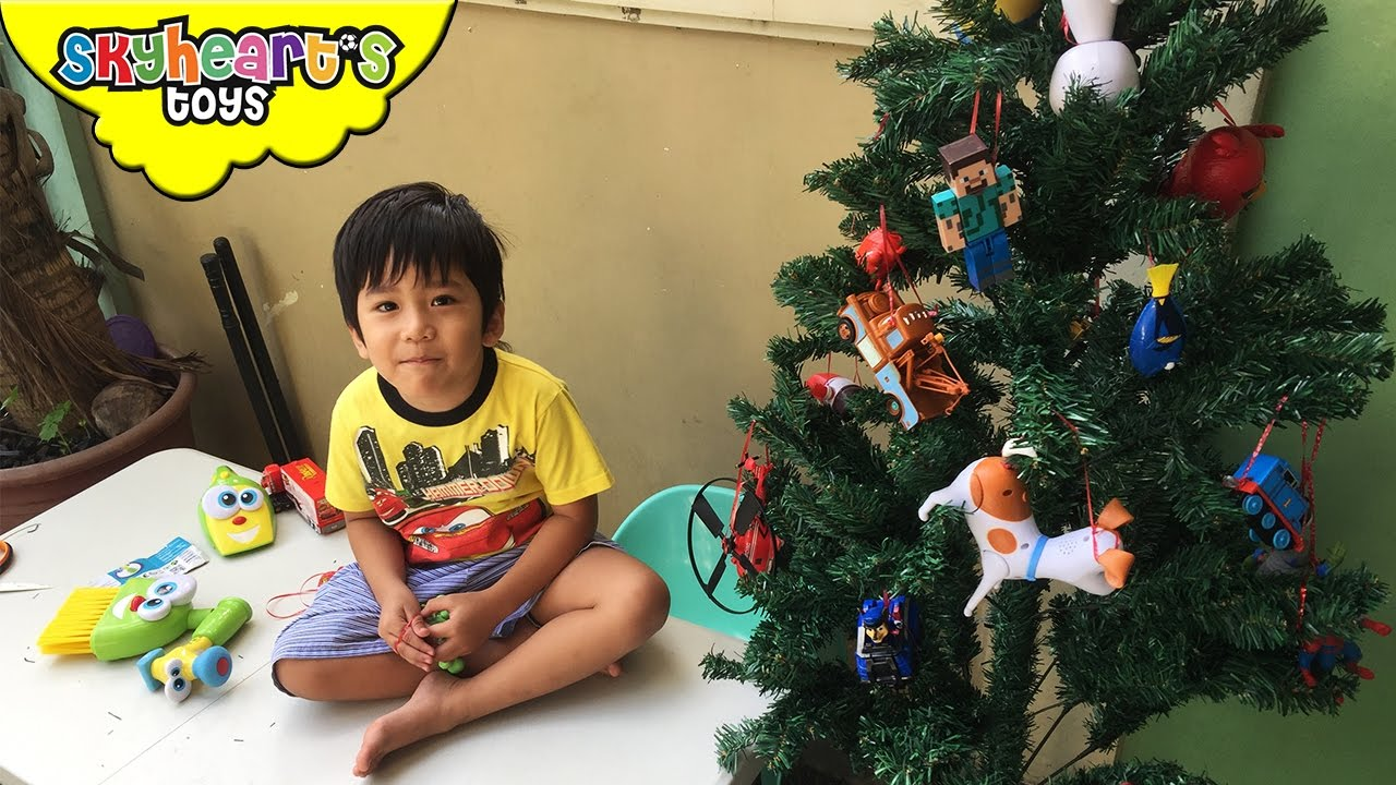 Toddler making his own TOY CHRISTMAS TREE - diy project with ...