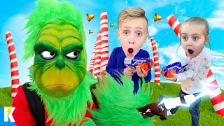 The Grinch Master's Ultimate Christmas Obstacle Course! KIDCTY