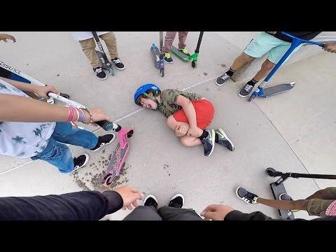 KID BROKE HIS LEG (so sad) | Wezma's World Ep 3