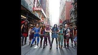 'Descendants 2' cast members perform 'Ways to Be Wicked' and 'What's My Name' live on 'GMA