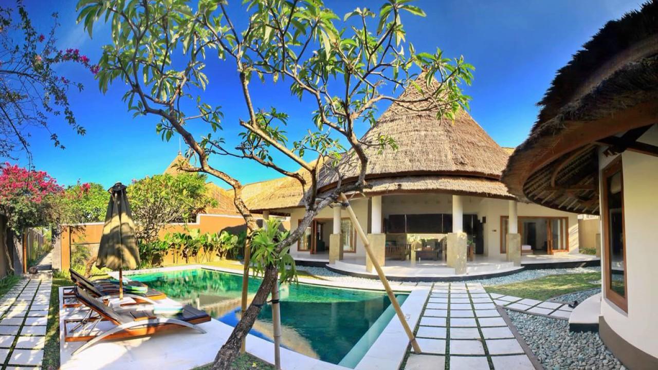 Mutiara Bali Boutique Resort Villa Seminyak Indonesia Youtube