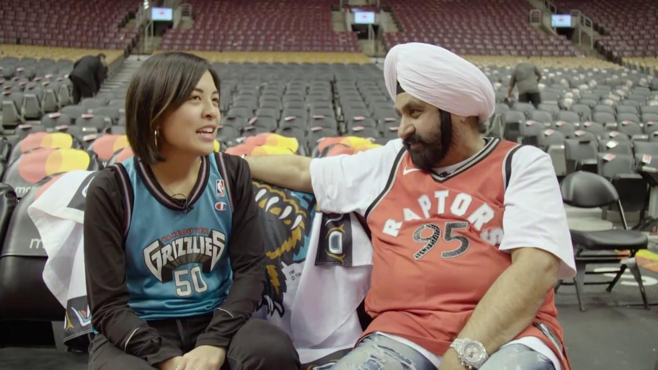 The original Vancouver Grizzlies logo was a Toronto Raptors reject