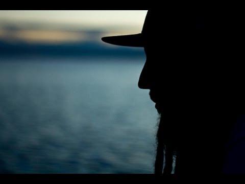 Heavy Roots Presenta: Burning Song con Morodo [VIDEOCLIP OFICIAL]