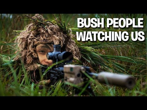 SingSing & Tucker & BuBuBu - Bush People Watching Us