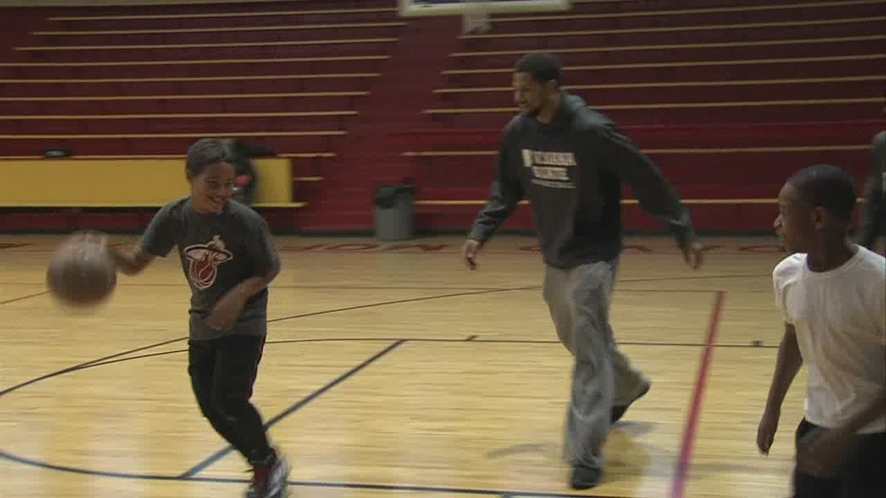 Sycamores Visit Terre Haute Boys Girls Club Youtube