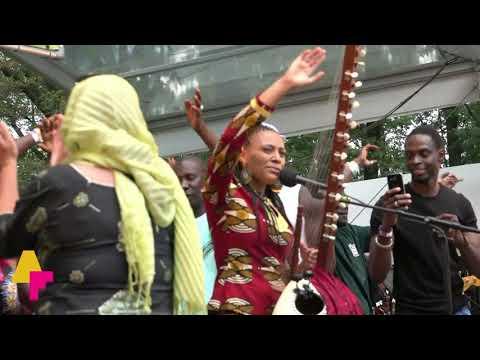 Sona Jobarteh - Gambia - AFH1031