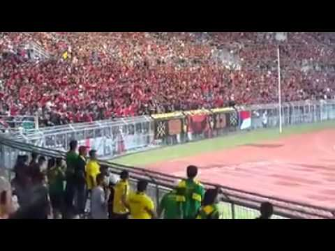 GB13 - Manggis Chant (Piala Malaysia 2014)