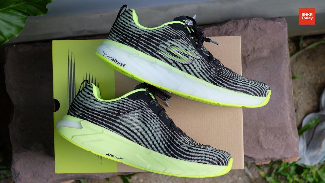 แกะกล่อง พรีวิว Skechers GOrun Forza 4 รองเท้าวิ่งน้ำหนักเบาสำหรับคนเท้าล้ม เท้าแบน