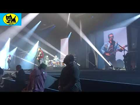 Front Row: Muse Psycho Killer live at Blizzcon 2017