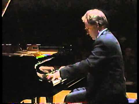 Hamelin plays Liszt - Un Sospiro [HIGH QUALITY]