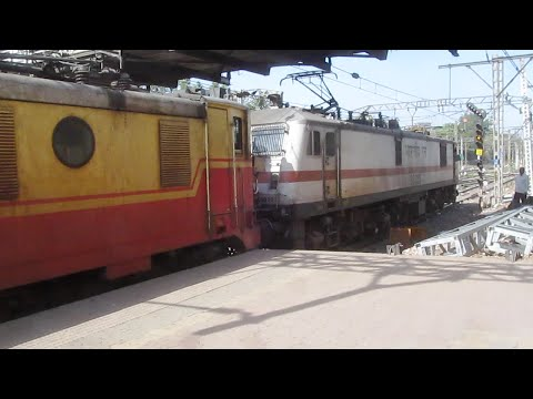 Twin AC Locomotive with Godavari SF Express Departing Kalyan Junction !!
