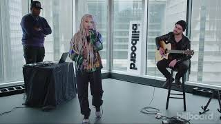 "Zhavia performing ""17"" for Billboard 2019"