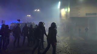 Scontri a Roma, quartiere Flaminio messo a ferro e fuoco