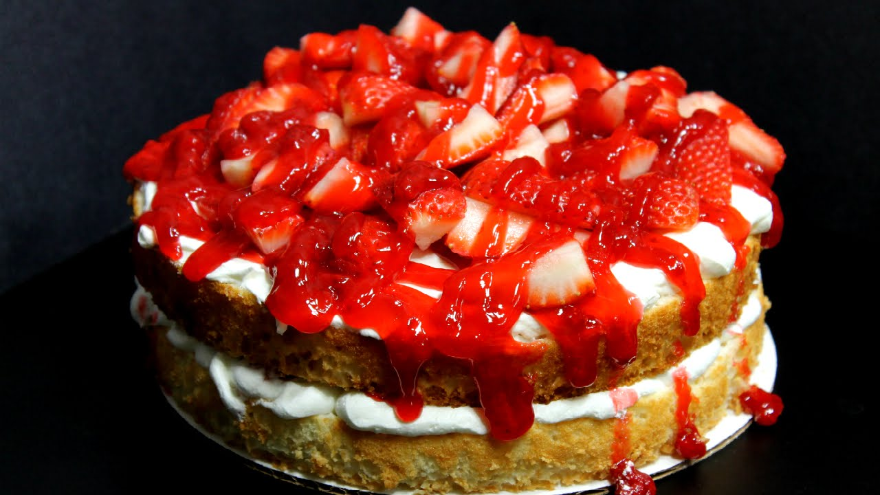 Quick and easy strawberry angel food cake youtube quick and easy strawberry angel food cake forumfinder