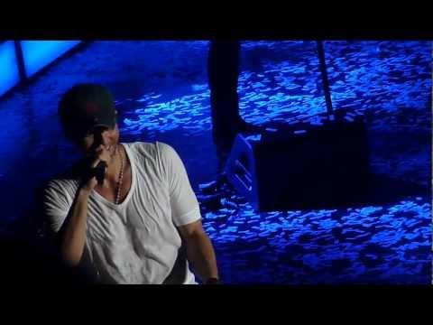 Enrique Iglesias - Tonight (I'm f**king You) - Live concert Minneapolis 2012