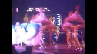 Le Lido - Un Taxi dans Paris (1977)(Extraits d'un spectacle au Lido, datant de 1977. Retrouvez l'actualité de ce Cabaret mythique ici : http://www.lido.fr ..., 2015-02-04T11:10:15.000Z)