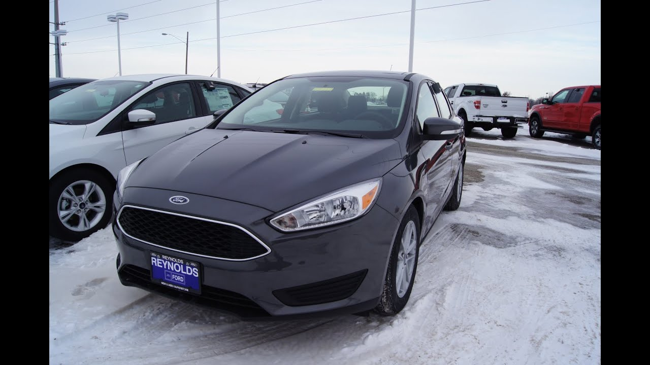 2015 Ford Focus Se Walkaround Amp 2014 Comparison Youtube