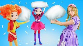 София Прекрасная и Сказочный Патруль: пижамная вечеринка для девочек.