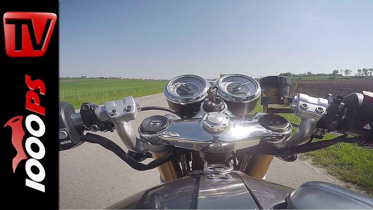 Triumph T Versus Yamaha
