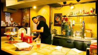 Golden Eels - Hi (Official Video)