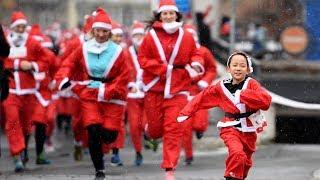 Тысячи Санта-Клаусов поучаствовали в благотворительных забегах в Европе (новости)