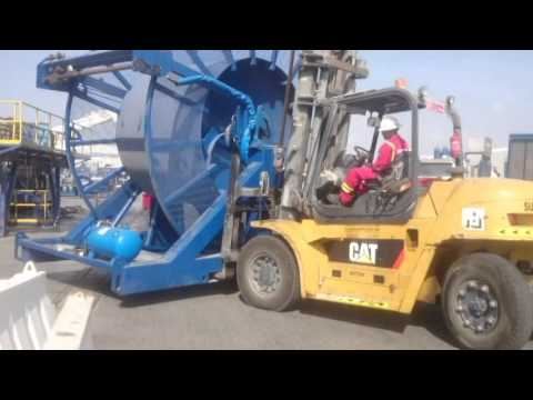 How to move ctu reel Operation of Heavy Fork lift