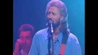 Baixar - Bee Gees For Whom The Bell Tolls Live Royal Variety 1993 Grátis
