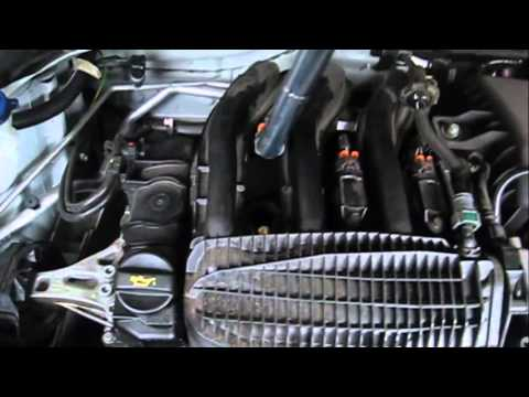 Citroën C3 VTI 82 Changer bougies How to change  Spark Plugs