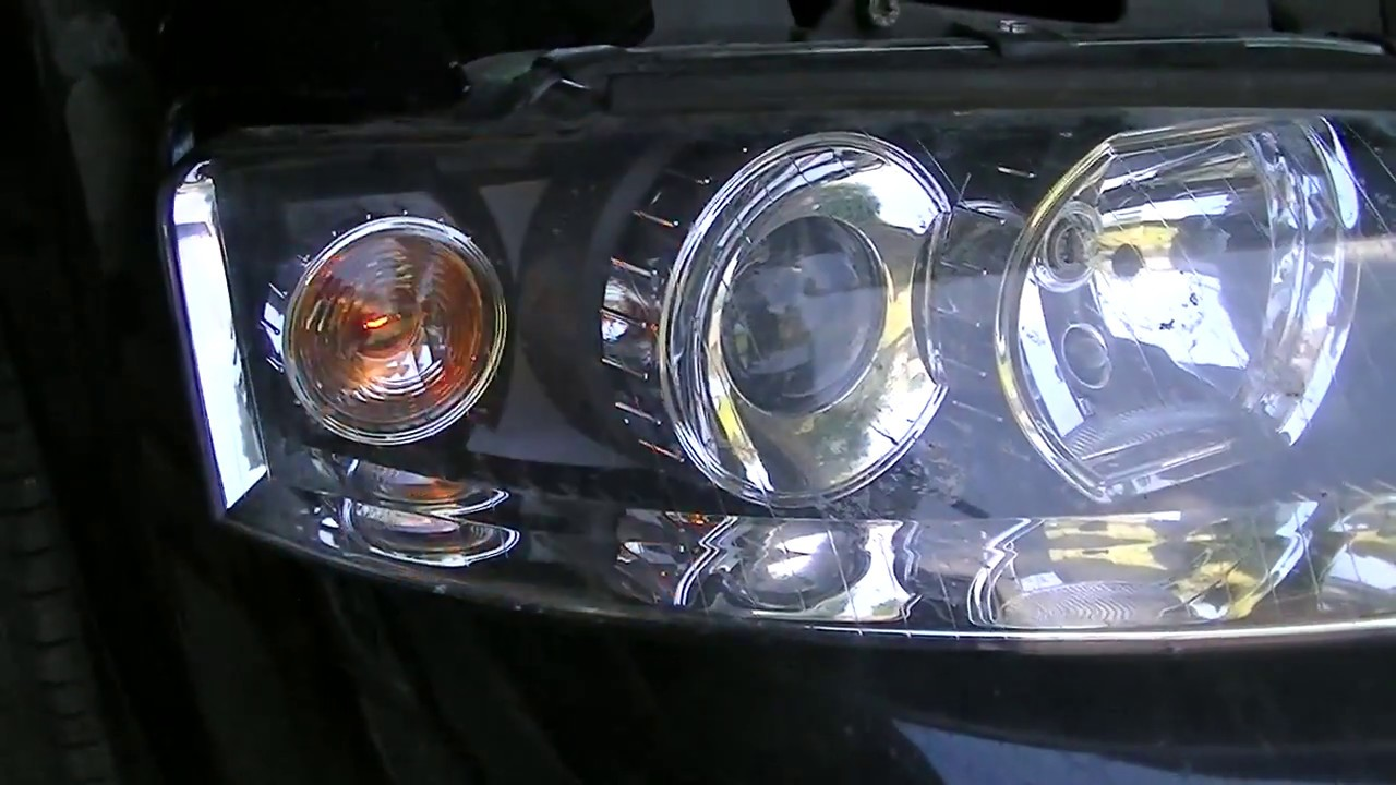 Audi A4 B6 Wymiana żarówki Kierunkowskazu Lampa Przednia Prawa