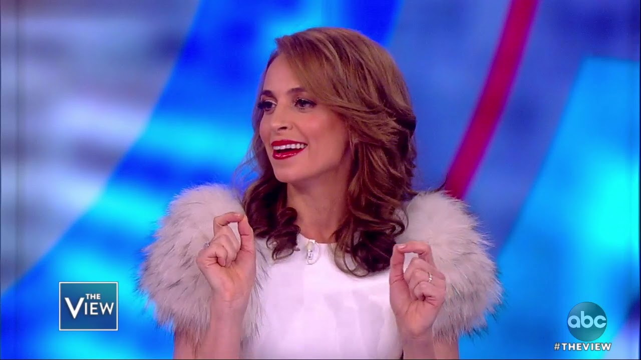 jedediah-bila-shares-how-she-handled-her-tech-addiction-the-view