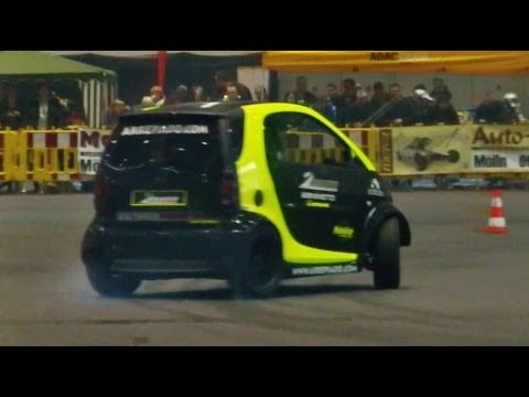 Smart Car With Hayabusa Engine >> Smart Car With Hayabusa Engine Smart Hayabusa Donuts And Race Brutal Exhaust Sound