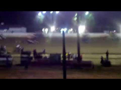 Clayhill Motorsports - May 26, 2014-22 USCS sprint cars start in feature race.