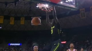 Baylor Busts Out Long Range Alley-Oop Slam | CampusInsiders