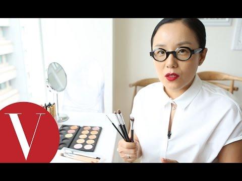 韓國明星指定彩妝師:鄭瑄茉的化妝工具箱 打開系列
